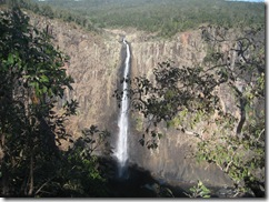2009-08-03_09-23-21__Wallaman-Falls__Teresa